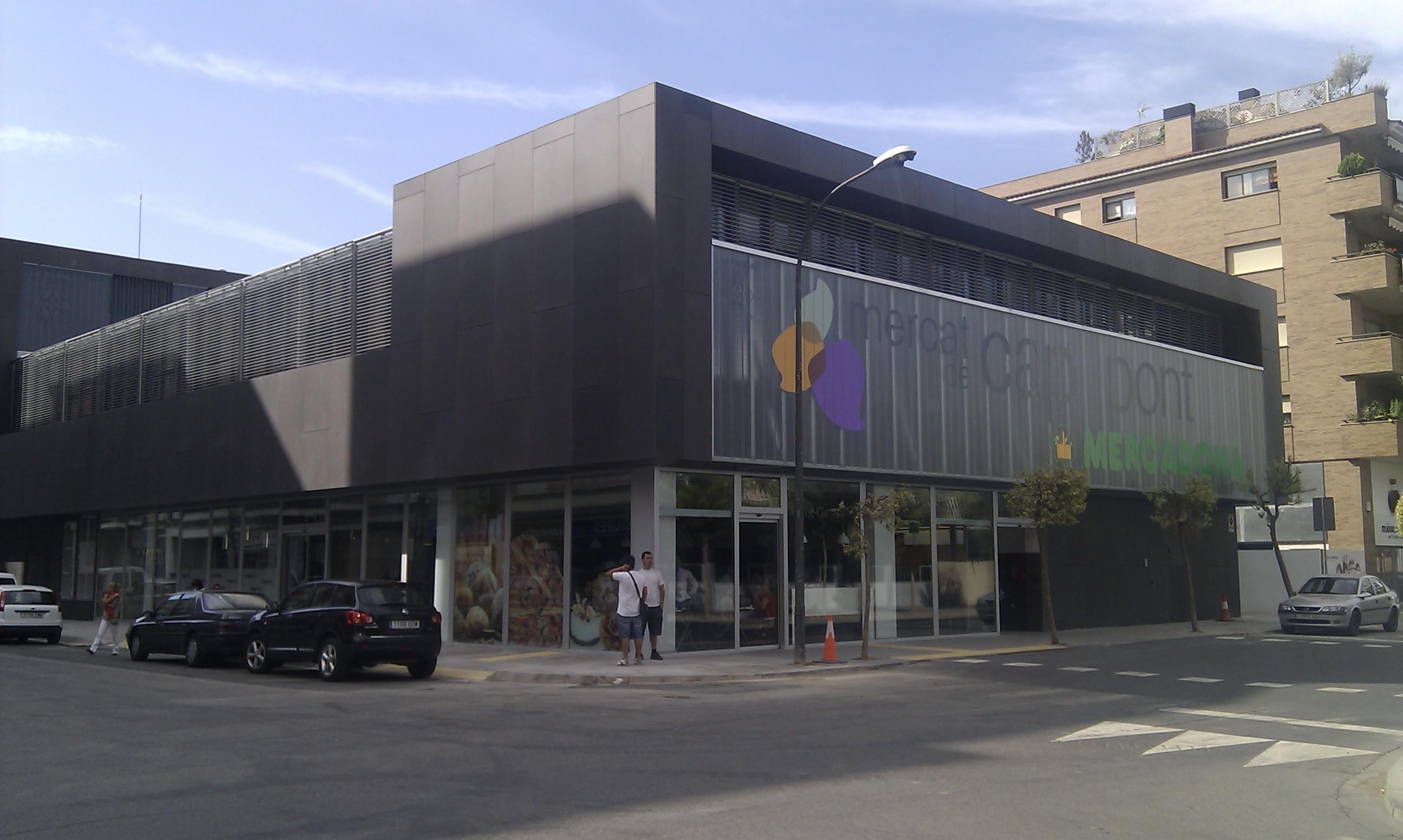 El Mercado Municipal de Cappont abre sus puertas con un gran éxito en la Ciutat de Lleida.