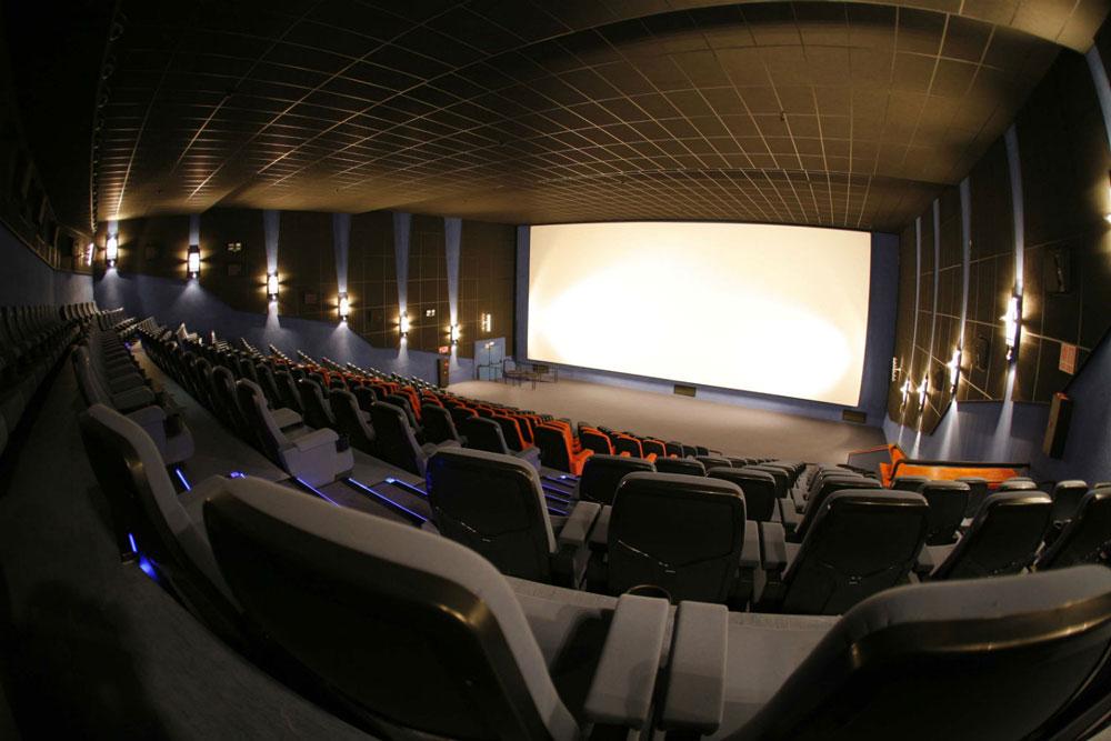 El alcalde de Talavera visita las obras de los nuevos cines de última generación de Los Alfares